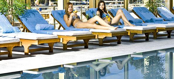 Hotele z basenem krytym w Grecji